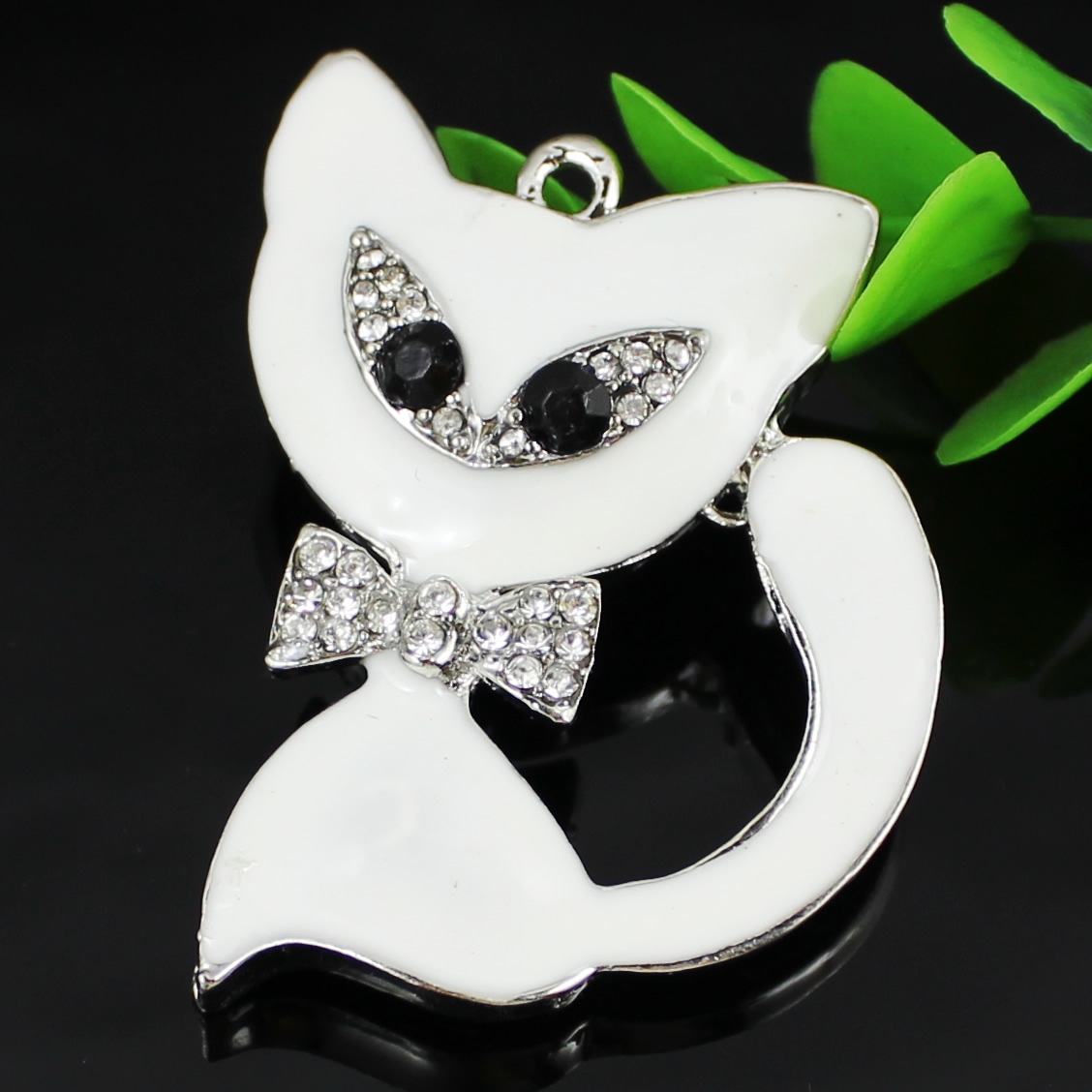 Crystal Zinc alloy Pendant, Fashion jewelry findings, Many colors for choice, Animal 56x44mm, Sold By PC